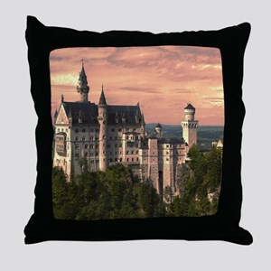 Neuschwanstein003 Throw Pillow