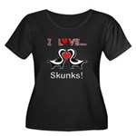 I Love Skunks Women's Plus Size Scoop Neck Dark T-