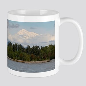 Denali, forest, river, mountains, Alaska, USA Mugs