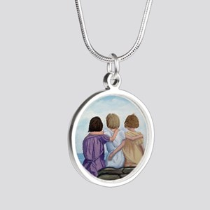 Sisters Silver Round Necklace