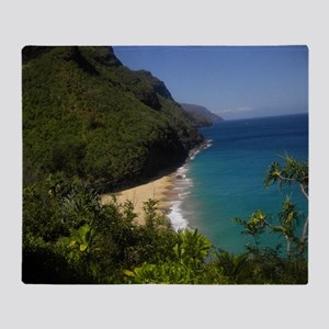Na Pali Coast Line Throw Blanket