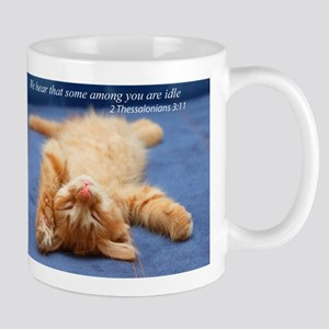 Idle kitten Mugs