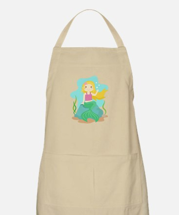 Cute and Beautiful Mermaid under the sea Apron