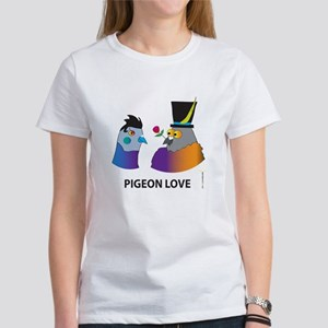 PIGEON LOVE (Close up) Women's T-Shirt
