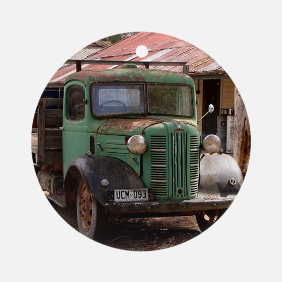 Old green truck Round Ornament