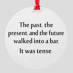 Grammar Joke Round Ornament