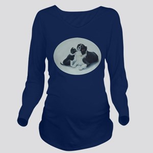 Puppy Kisses Long Sleeve Maternity T-Shirt