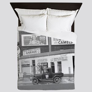 Garage and Gas Station, 1940 Queen Duvet