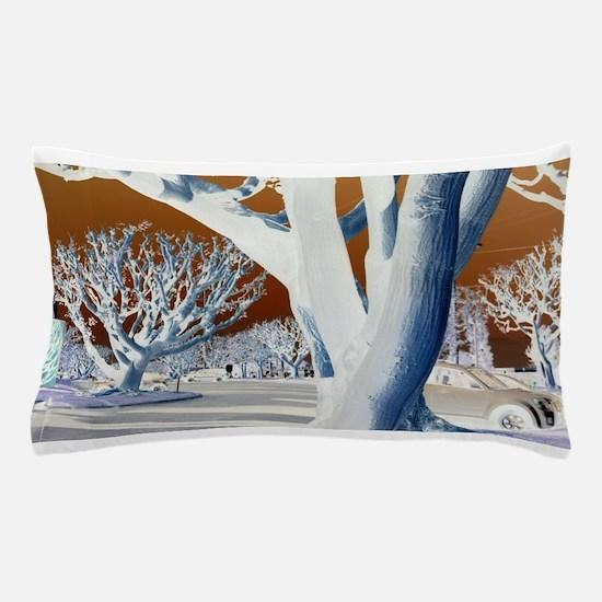 Alberi peculiari (Peculiar Trees) Pillow Case