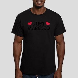 Just Married Wedding Men's Fitted T-Shirt (dark)