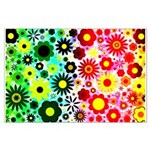 Red Green Flowers Pattern Posters