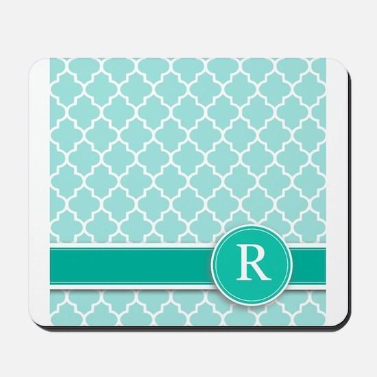 Letter R turquoise quatrefoil monogram Mousepad