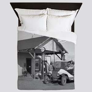 New Mexico Filling Station, 1936 Queen Duvet