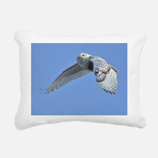 Snowy flying Rectangular Canvas Pillow