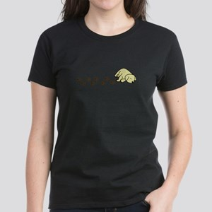 Muddy Yellow Lab Women's Dark T-Shirt