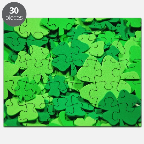 Lucky green clovers Puzzle