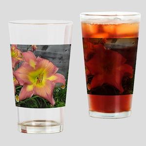 Do The Twist Daylily Drinking Glass