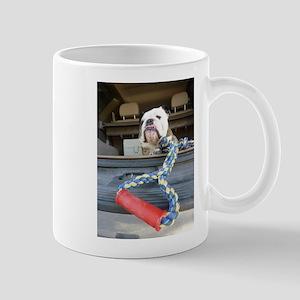 English bulldog with tug toy Mugs