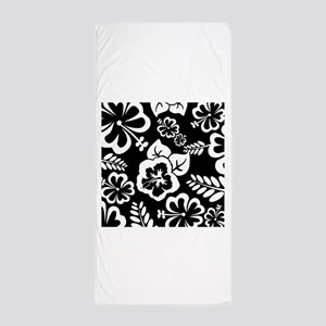 Black and white tropical flowers Beach Towel