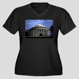Jefferson Memorial 2 Plus Size T-Shirt