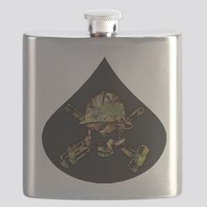 Camo Oilfield Skull in Oil Drop Flask