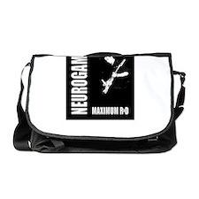 maximum-r+d_0409b-01 Messenger Bag