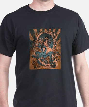 Asian beauty with dragon in a grunge design T-Shir