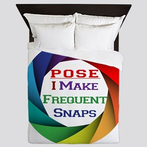 Pose I Make Frequent Snaps Queen Duvet