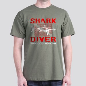 SHARK DIVER - BLACK T-Shirt