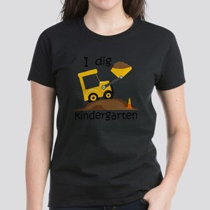 I Dig Kindergarten Women's Dark T-Shirt