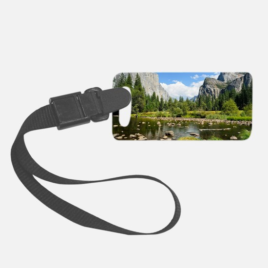 Valley View in Yosemite National Luggage Tag