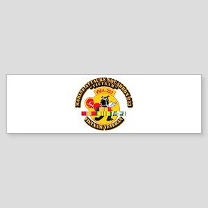 USMC - Marine Attacks Squadron 223 w VN SVC Sticke