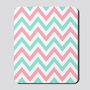 Turquoise,white and pink chevrons twin d Mousepad