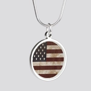 Vintage American Flag King D Silver Round Necklace