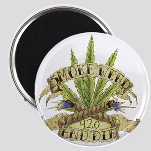 weed cannabis 420 t-shirt Magnet