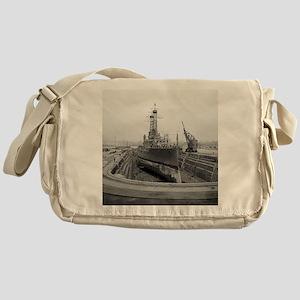 Brooklyn Navy Yard Dry Dock Messenger Bag