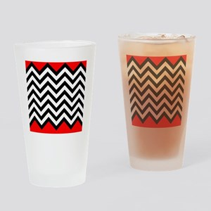 Black, white and Red chevrons 4 Que Drinking Glass