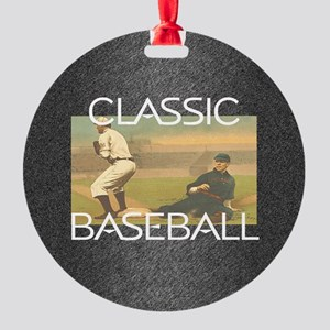 TOP Classic Baseball Round Ornament
