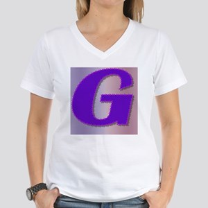 G purple mauve monogram Women's V-Neck T-Shirt