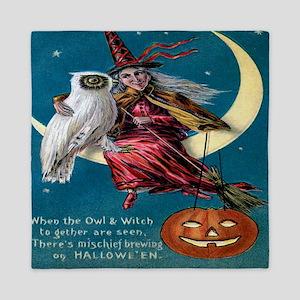 Vintage Halloween - Owl and Witch Queen Duvet