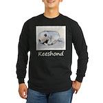 Keeshond Puppy (Sleeping) Long Sleeve Dark T-Shirt
