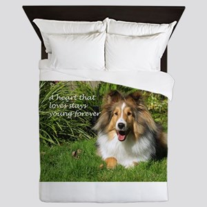 A Heart That Loves Stays Young Forever Queen Duvet