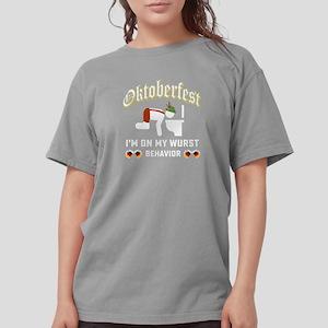 Oktoberfest wurst behavior shirt T-Shirt