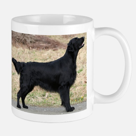 flat coated retriever black full Mugs