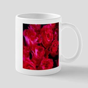 dreamlike roses Mugs