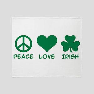 Peace love irish shamrock Throw Blanket
