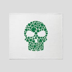 Shamrock skull Throw Blanket