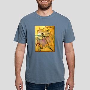 Dragonfly! Beautiful nature art! T-Shirt