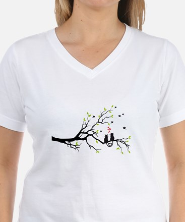 Cats in love on tree T-Shirt