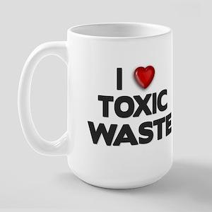 ELTRAV.COM I Heart Toxic Wast Large Mug